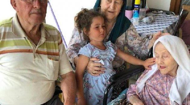 109 yaşında koronavirüsü yendi