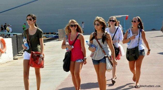 9 Milyonu aşkın turist ağırladık