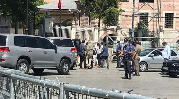 ABD Büyükelçisi Satterfield Ayasofya Camii'ni ziyaret etti