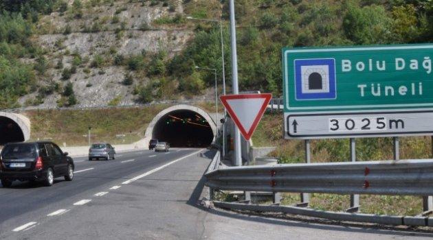 Bolu Dağı Tüneli Ankara istikameti trafiğe kapatılıyor