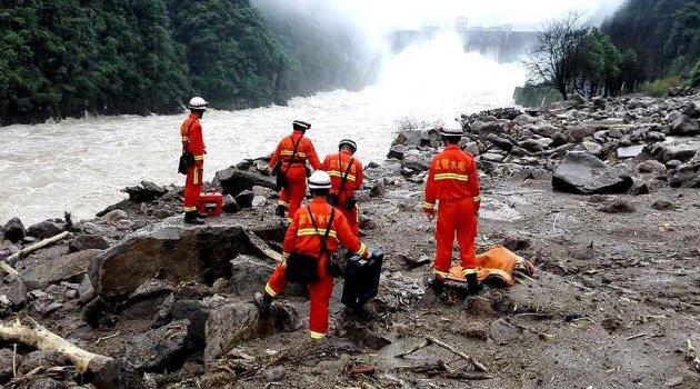Çin'deki heyelanda 8 kişinin cesedine ulaşıldı
