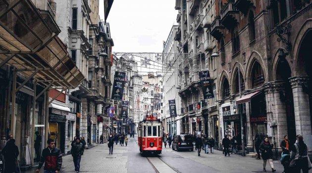 İstiklal Caddesi'ne yanlız 7 bin kişi girebilecek