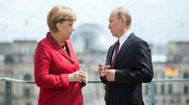 Rus ve Almanlar karşı karşıya geldi
