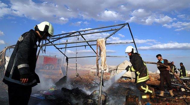 Suriye'de çadır kente hava saldırısı 'barbarca'