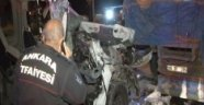 Başkent'te sıkışmalı trafik kazası
