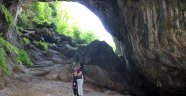 Binlerce yıllık tarihiyle Çayır Mağarası turistlerin ilgisini çekiyor