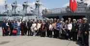 Donanma Komutanlığı kapılarını annelere açtı