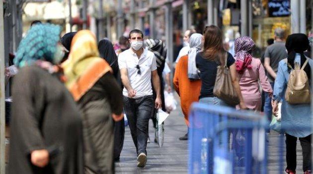 Yürürken sigara içmek yasaklandı
